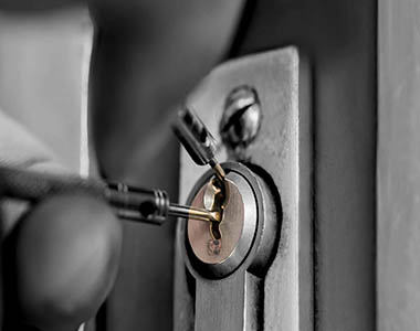 Jan Moder s.p., Popravilo, menjava ključavnice
