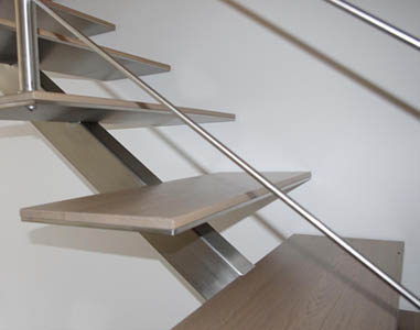 REMONT D.D., Kovinske stopnice