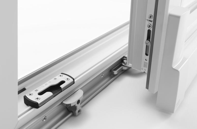 Cena oken – na kaj moramo biti pozorni?
