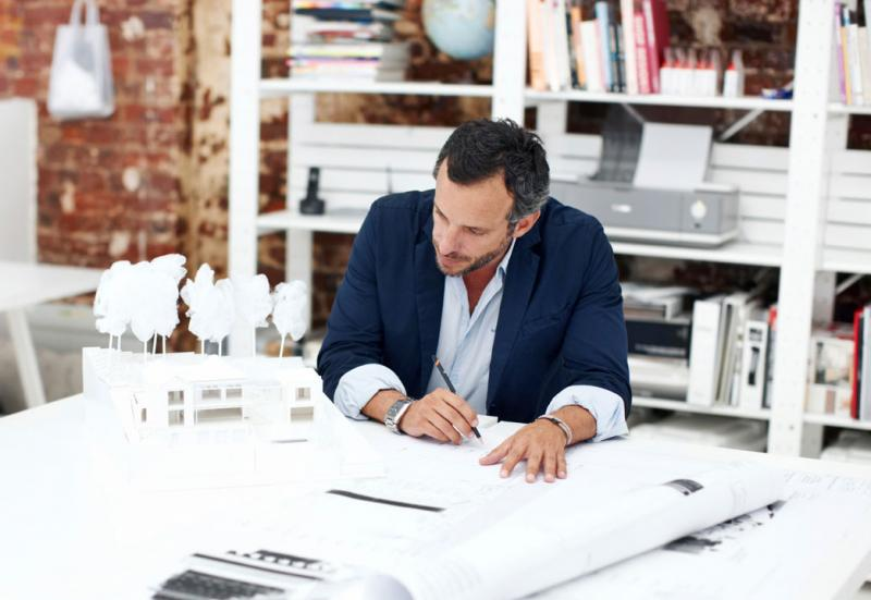 Cene arhitektov so različne, od nekaj 1000€ do 10.000€