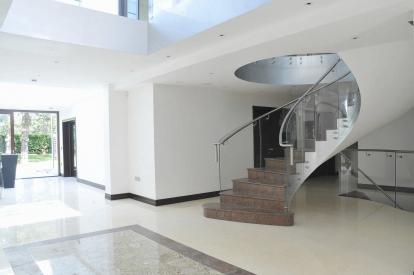 Polkrožne ali spiralne stopnice?