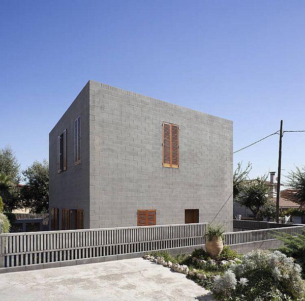 Hiša v obliki kocke ima oblikovni faktor 1, vir: cdn.homedit.com