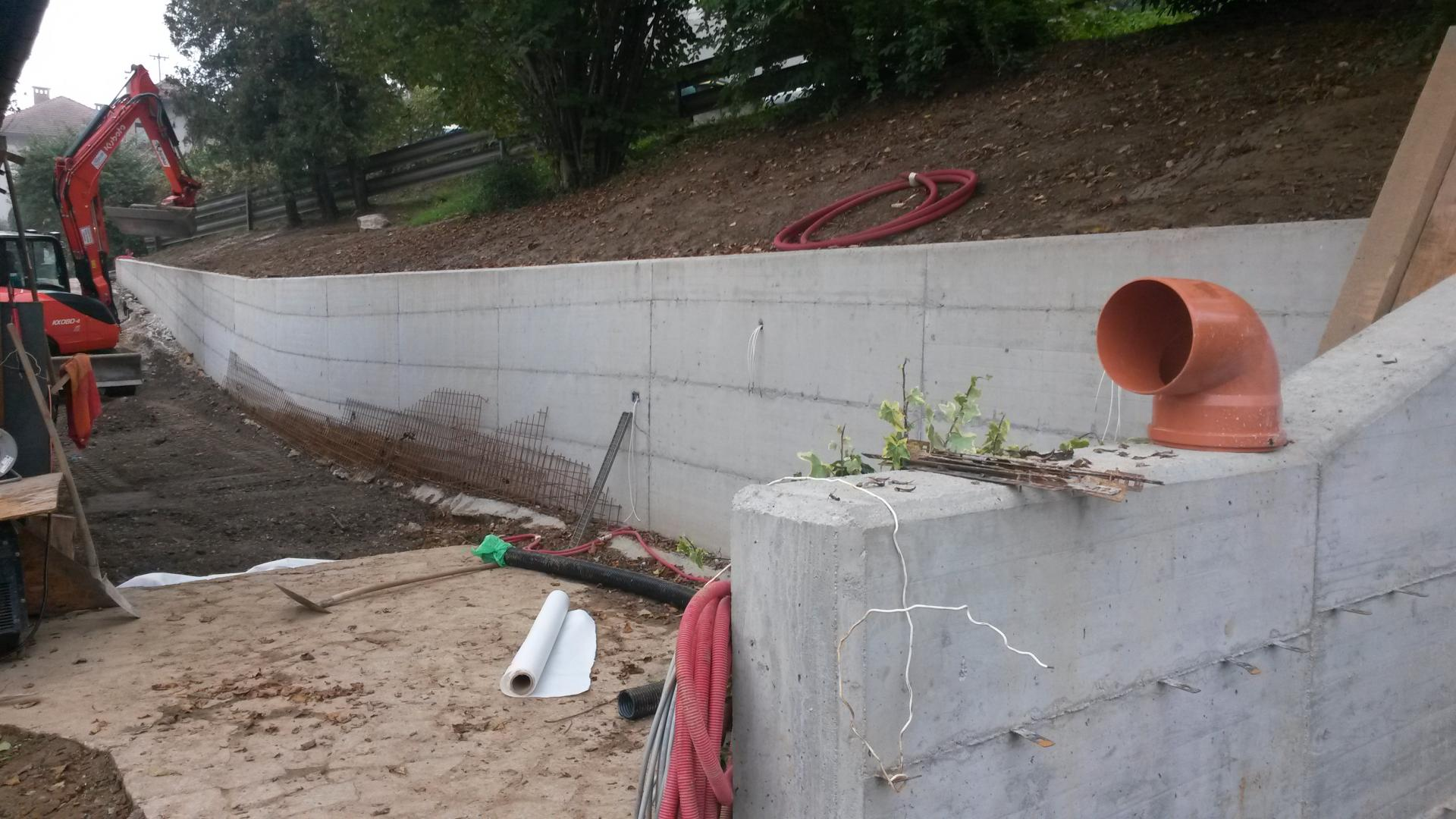 Oporni zid