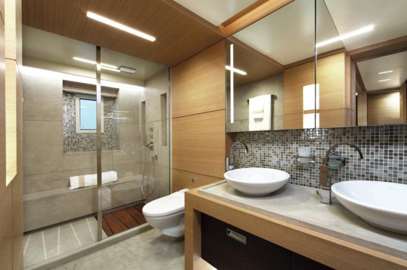 Kopalniško pohištvo po meri: kopalnice in kopalniška oprema