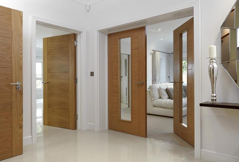 Notranja vrata v kombinaciji s steklom
