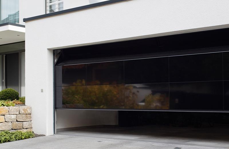 Sekcijska garažna vrata
