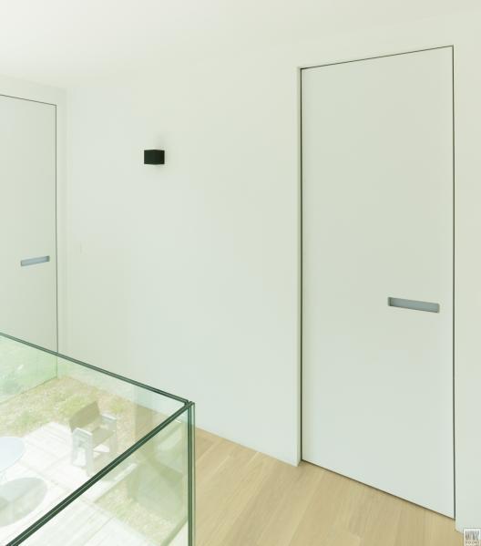 Notranja vrata brez vidnih podbojev, nov trend
