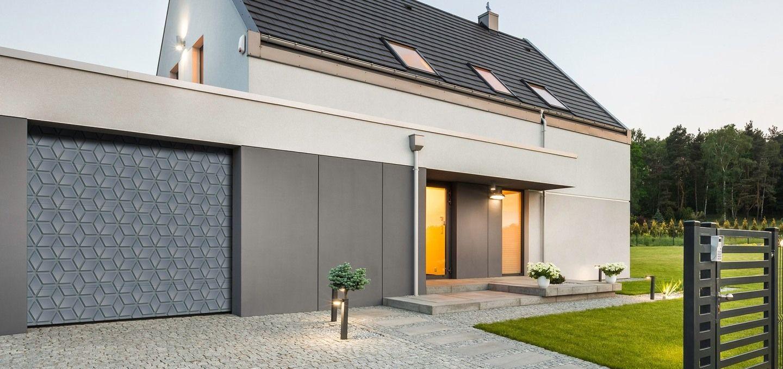 VSA GARAŽNA VRATA NA ENEM MESTU - praktična rešitev za vašo garažo
