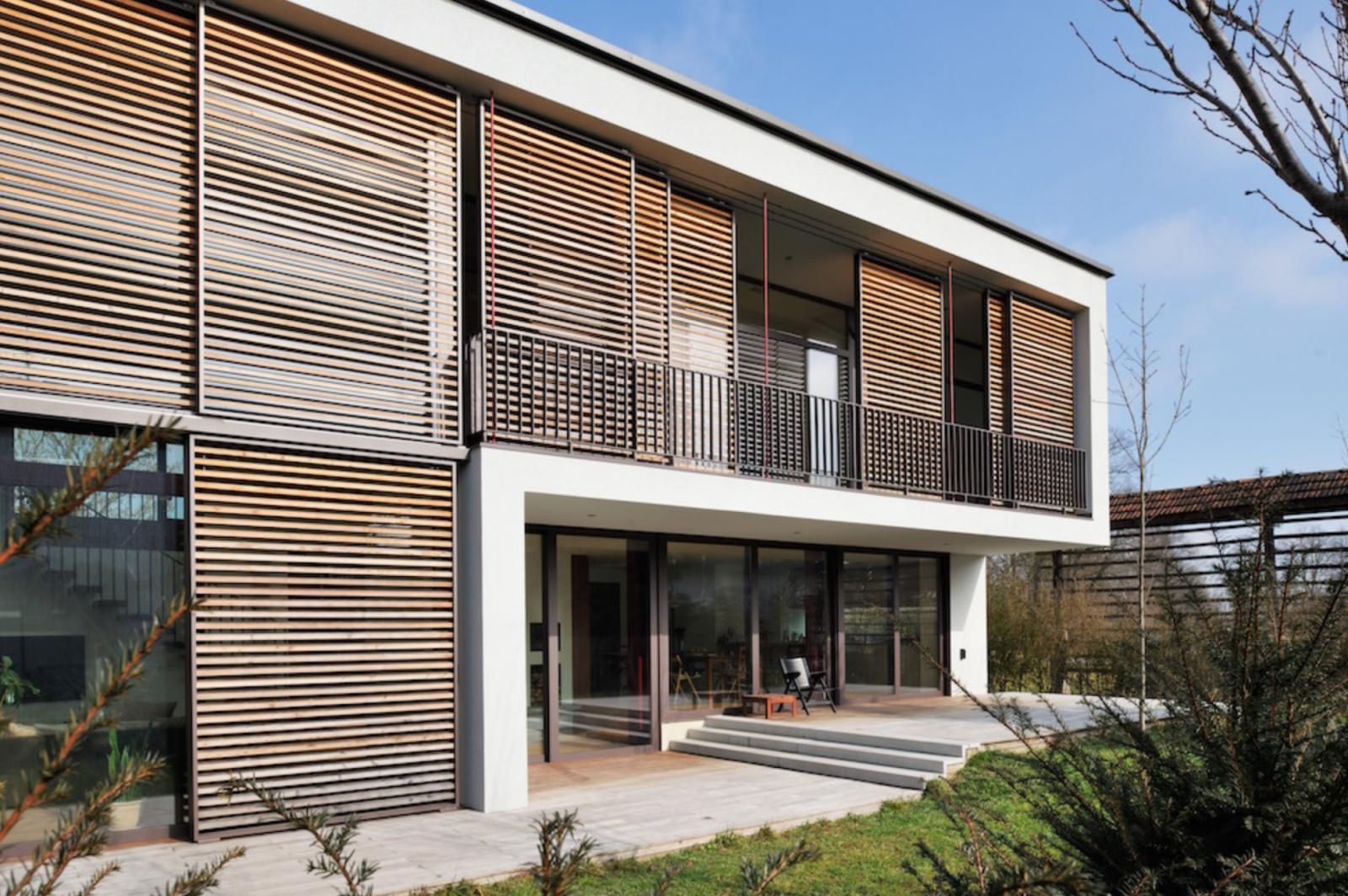 Moderna hiša z ravno streho