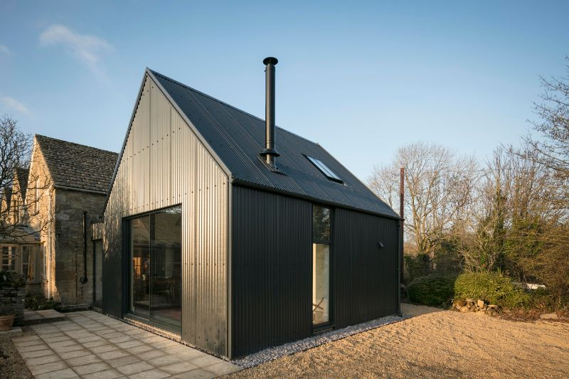 eastabrook-architects-corrugated-metal-extension-architonic-125a7370-01-arcit18.jpg